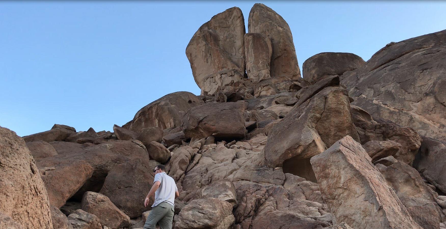 ryan mauro climbing the split rock of rephidim