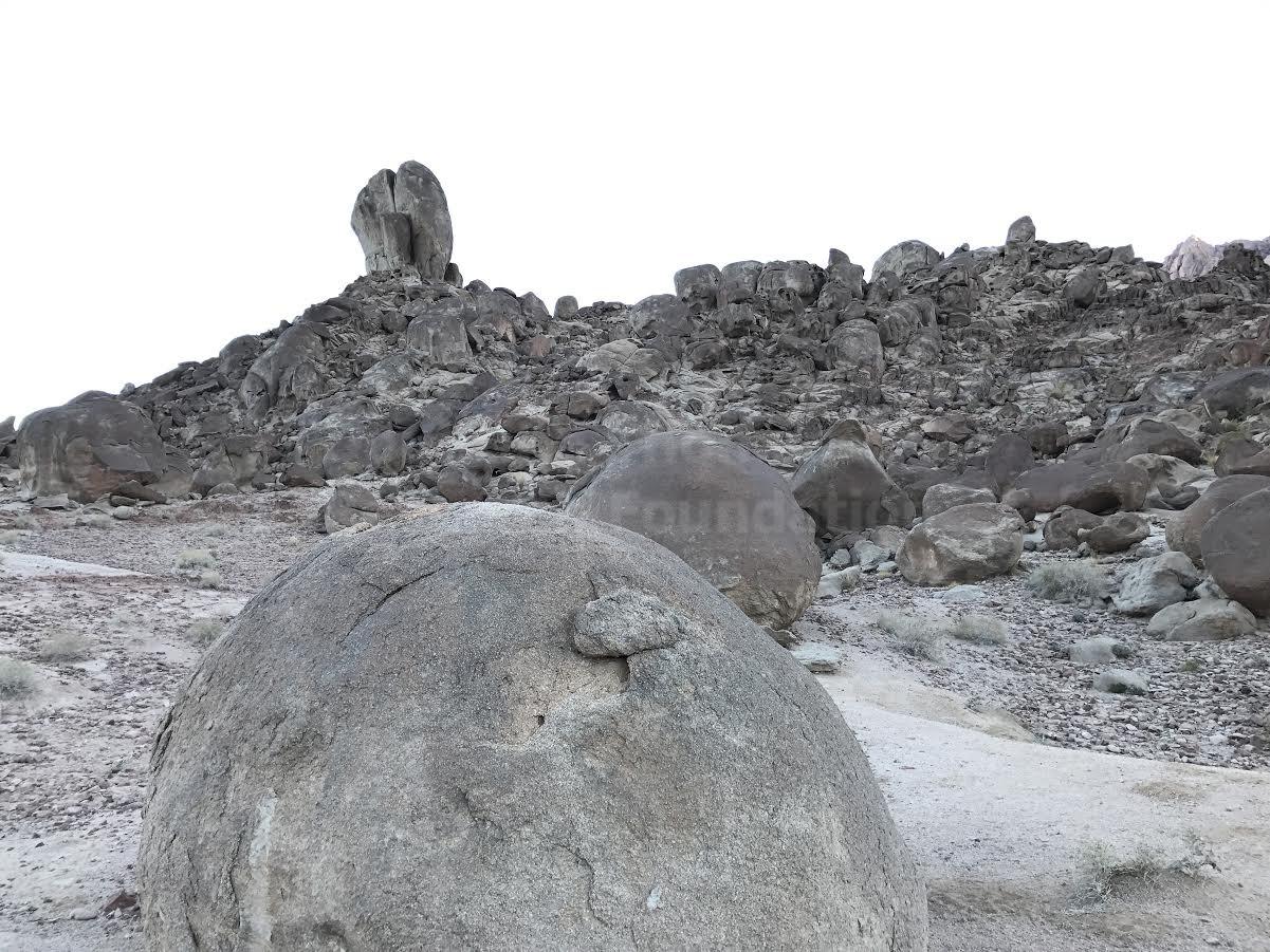 split rock black and white